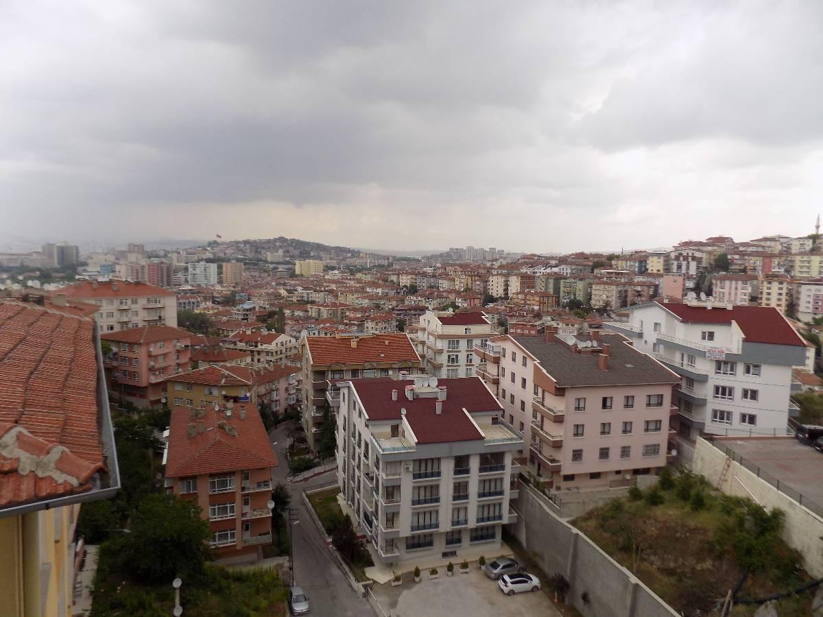 İSMAİL  KARADENİZ  EMLAK'TAN  SEYRANBAĞLARI  MAHALLESİNDE  SATILIK  DUBLEKS