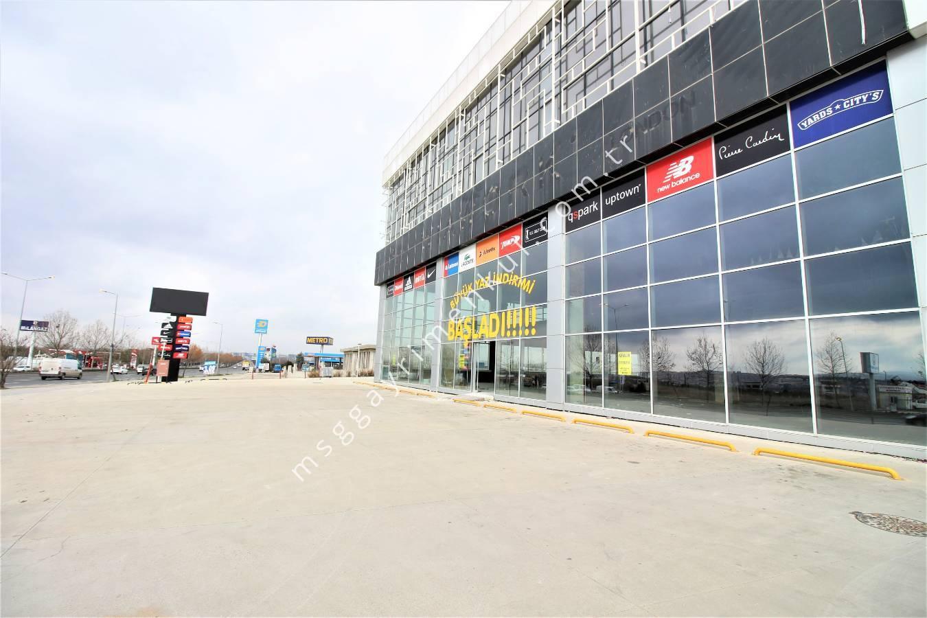 İstanbul Yolu Cepheli Kiralık Dükkan-Mağaza