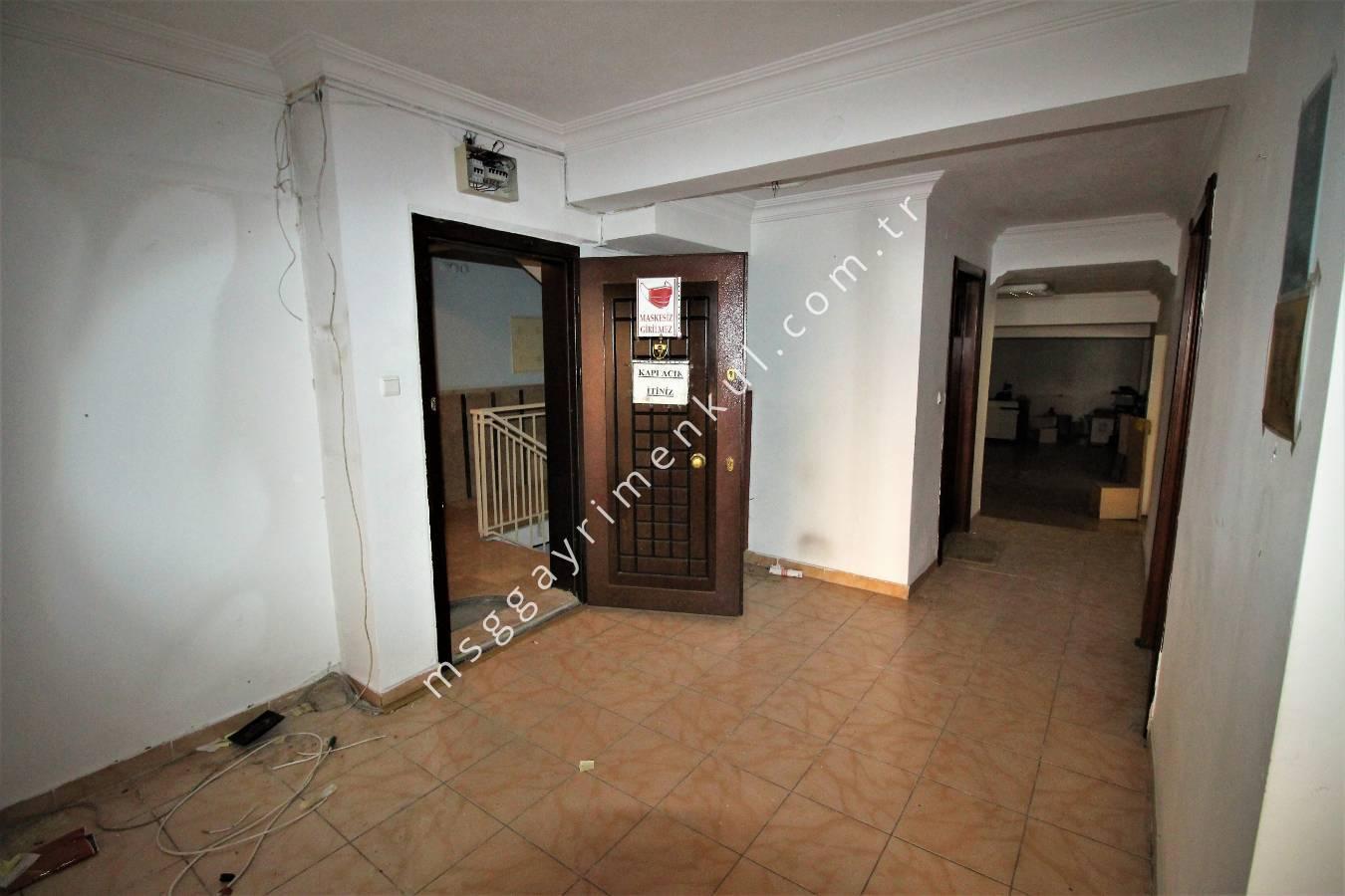 Sincan Merkez de, Atatürk Mah.'sinde, 407 m² Satılık Ofis&Büro