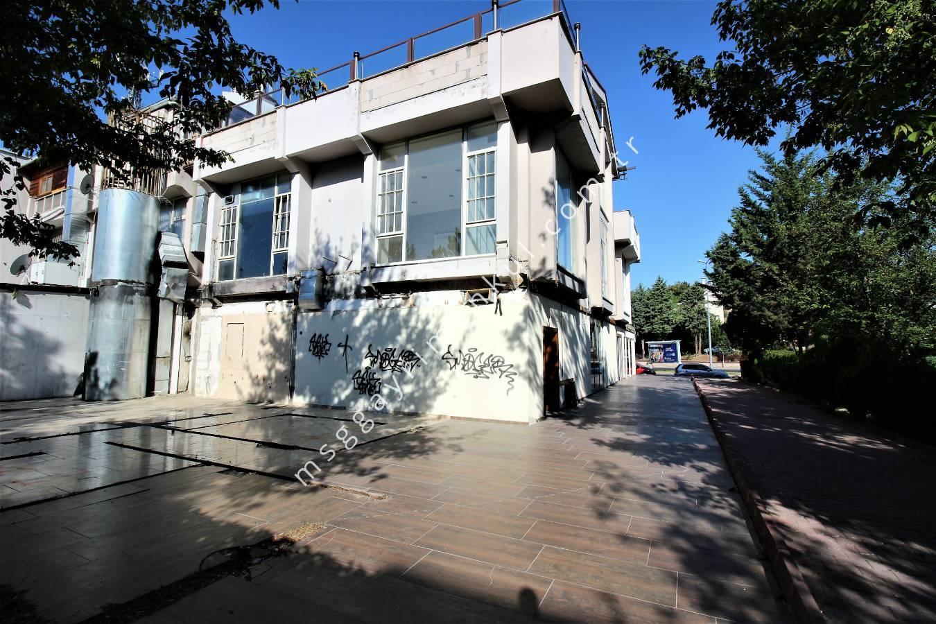Ümitköy Çayyolu'nda, Ana Cadde Üzerinde, Kiralık Dükkan & Mağaza