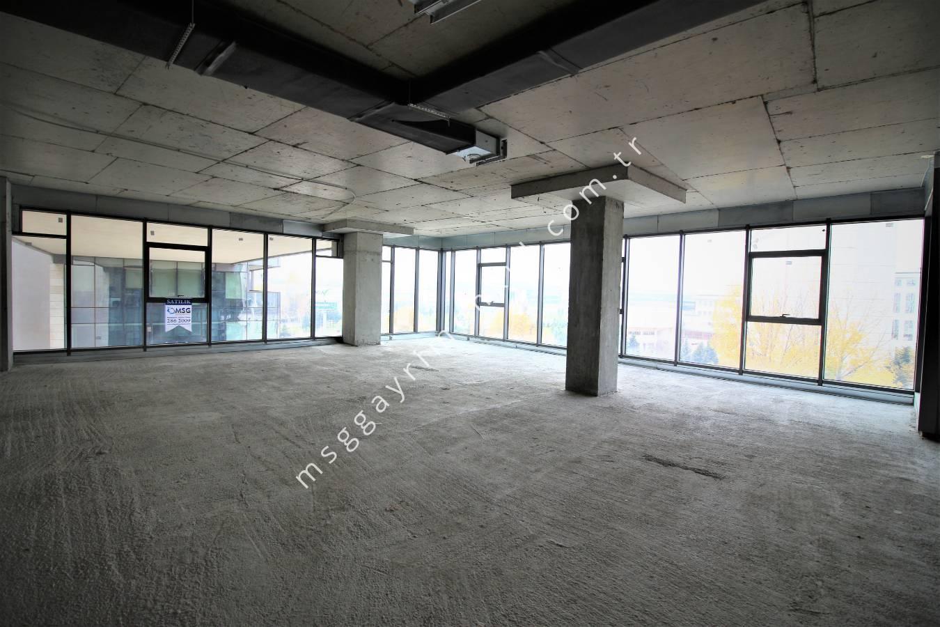 3D Çekim - Satılık Plaza Ofisi - 154 m²