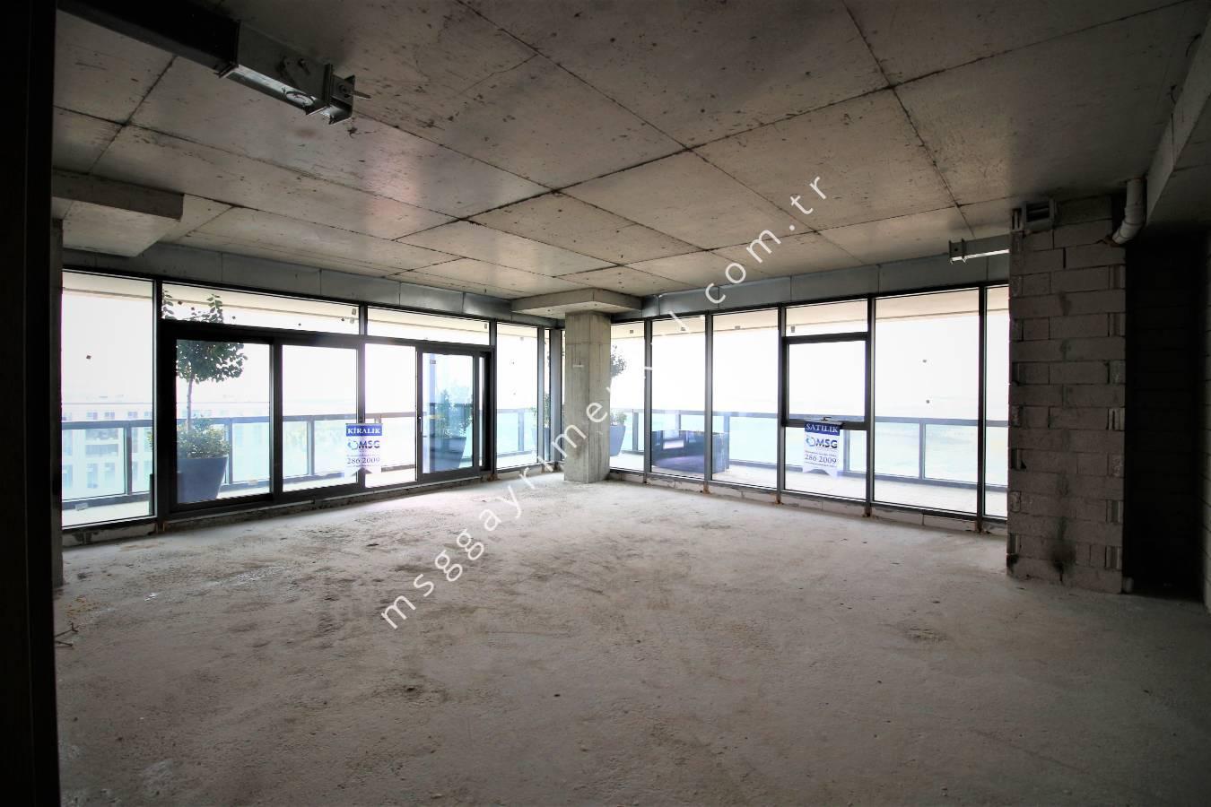 3D Çekim - Kiralık Plaza Ofisi